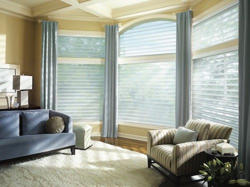 Home Decoration With Pastel Colors and Window Coverings