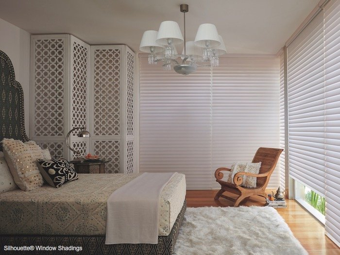 Compatible Window Treatment Ideas With Natural Wood Decoration